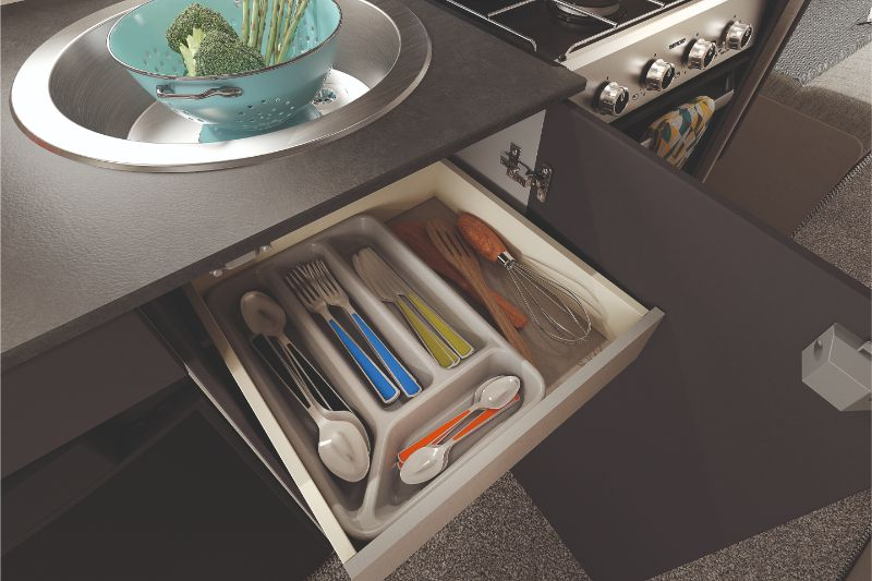 [INT]-Edge-486-Cutlery-Drawer-[CMYK]