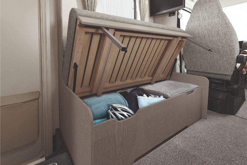 [INT]-Edge-486-Underseat-Storage-[CMYK]