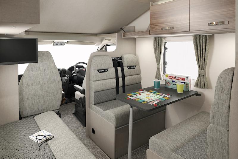 int-edge-486-front-lounge-swift
